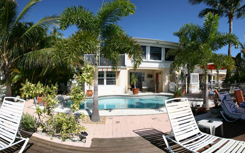 Manatee Bay Inn